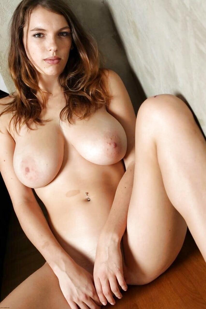Hots Wonderful Nude Boobs Photos