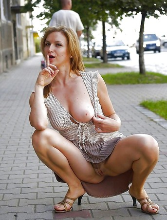 upskirt flashing candid images from girls and matures