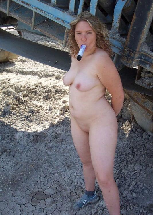 Chubby blonde nude in public 12