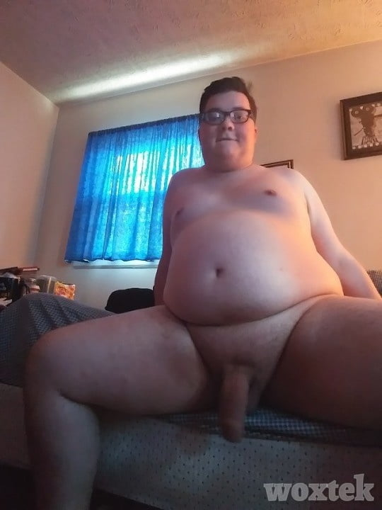 Nude chubby males