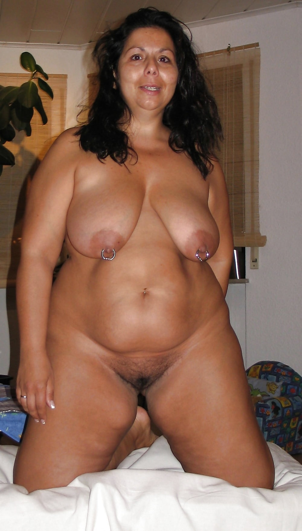 nude Chubby moms