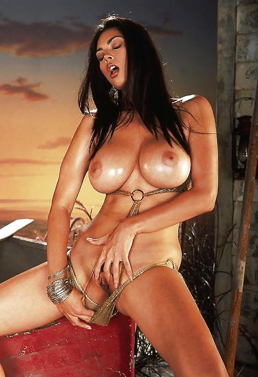 kolumbiyskoe-porno-aktrisi-korotkie-strizhki-zhenshin-foto-porno-v-kontakte