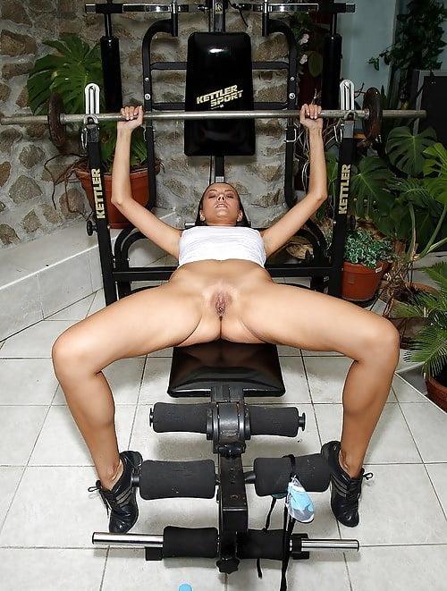 Amateur girl nude on gym, sex amateur video upload