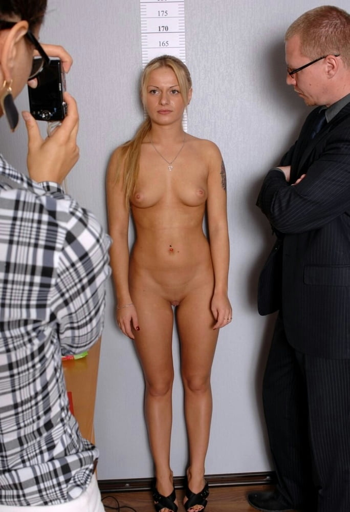 Tweedy and willow are naked during an interview, because they are ready to make love