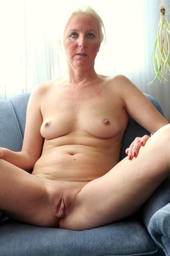 Free nude milf pics categories amateur