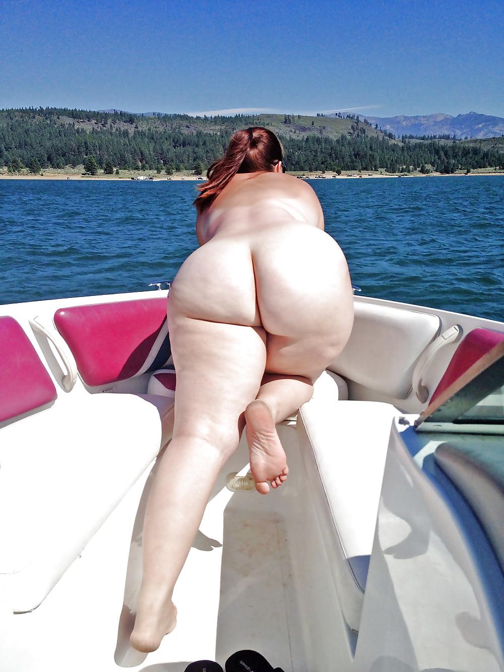 Барыня с толстой попой на отдыхе фото — pic 3