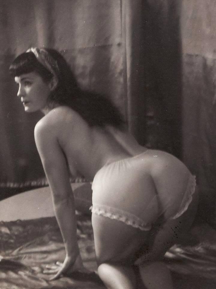 Betty butt naked