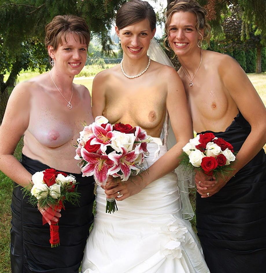 Nude bridesmaid upskirt
