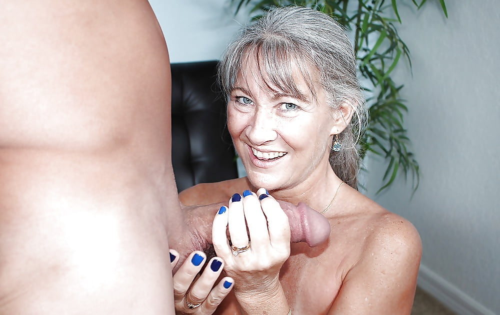Granny hairy handjob videos