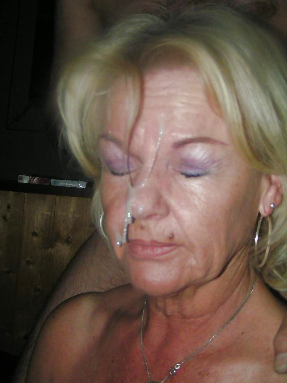 granny-unwanted-fascial-images-sexy-webcam-booty