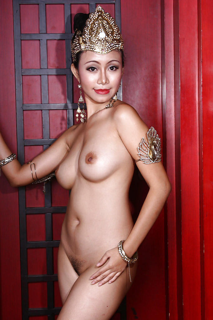 Mature Indonesian Women Nude