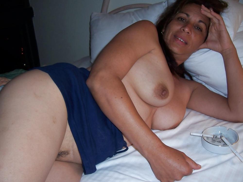 Maria guadalupe madura latina mamandose un cipote - 2 3