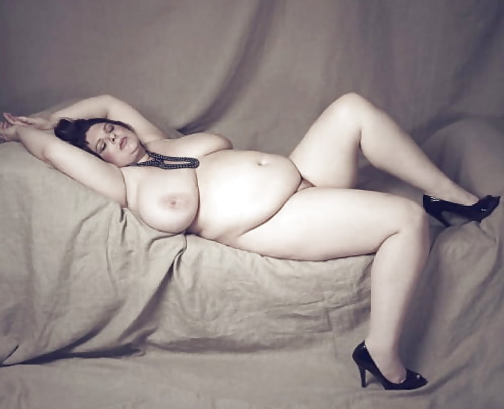 Naked chubby milfs, fat women galery