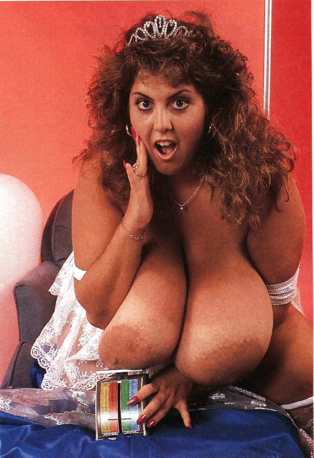 Susie Spark Big Boob Photo