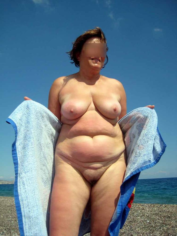 Fat people on a beach naked — pic 12