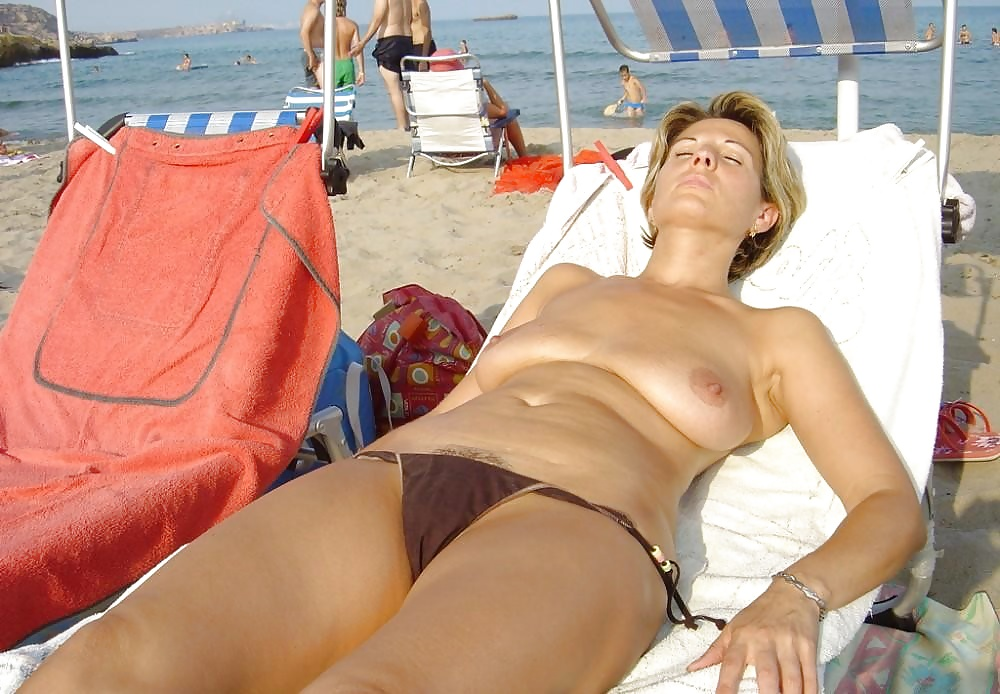bikini-drunk-gallery-nude-shirt-t-voyeur-wettures