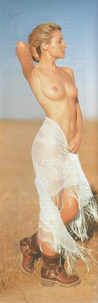 Dannii minogue nude pics