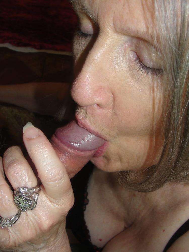 Slut Wife Sue Palmer Enjoying Outdoor Orgasms
