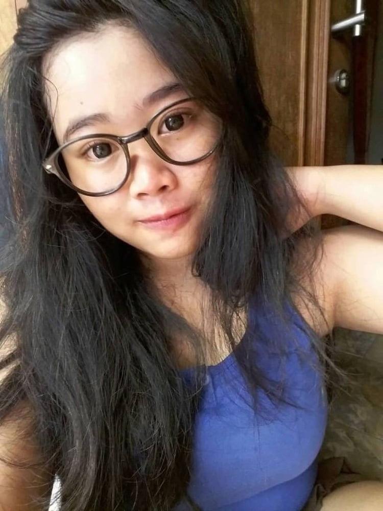 Sintia S Indonesian Girl - Non Nude Selfie - 7 Pics -4536