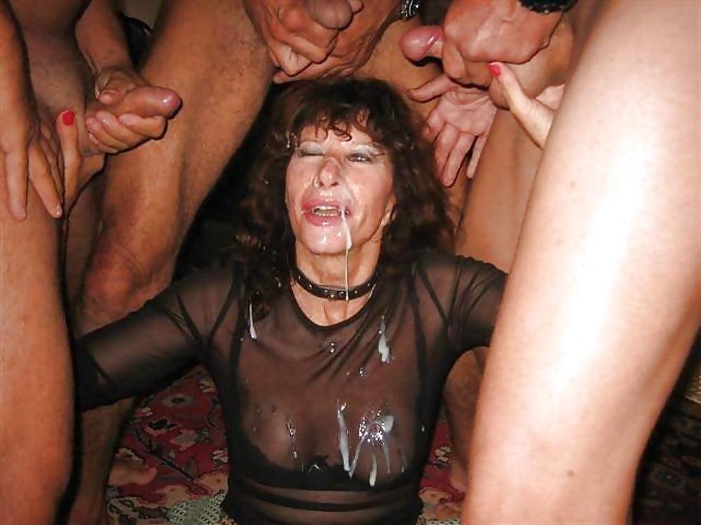 Bodybuilderin Muschisaft Retro Kondomsex