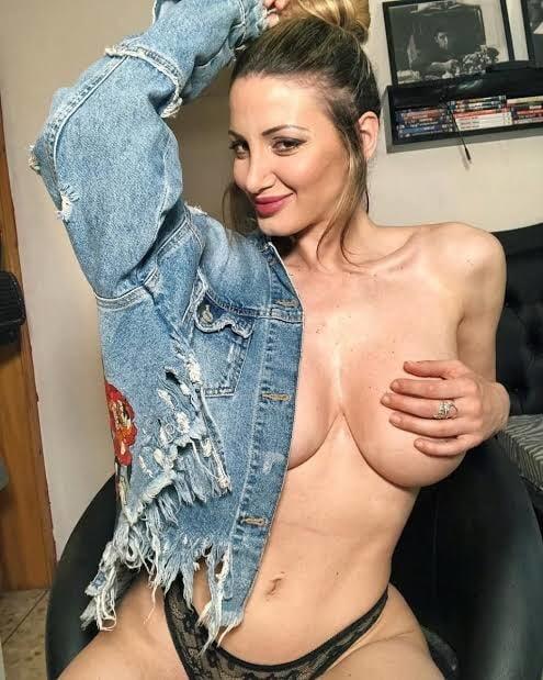 Hot Baby Nude Photo Shoot- 22 Pics