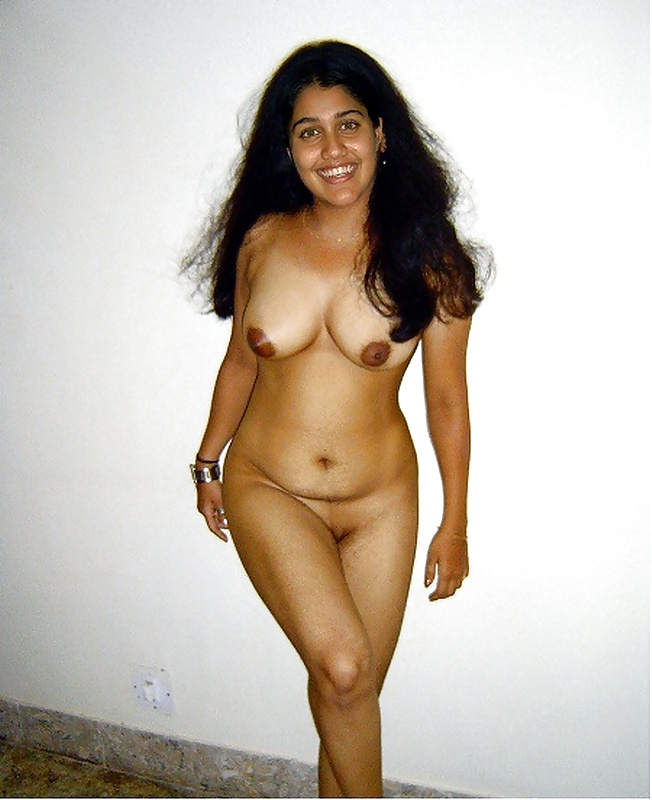 Want To See Neha Aunty Getting Nude