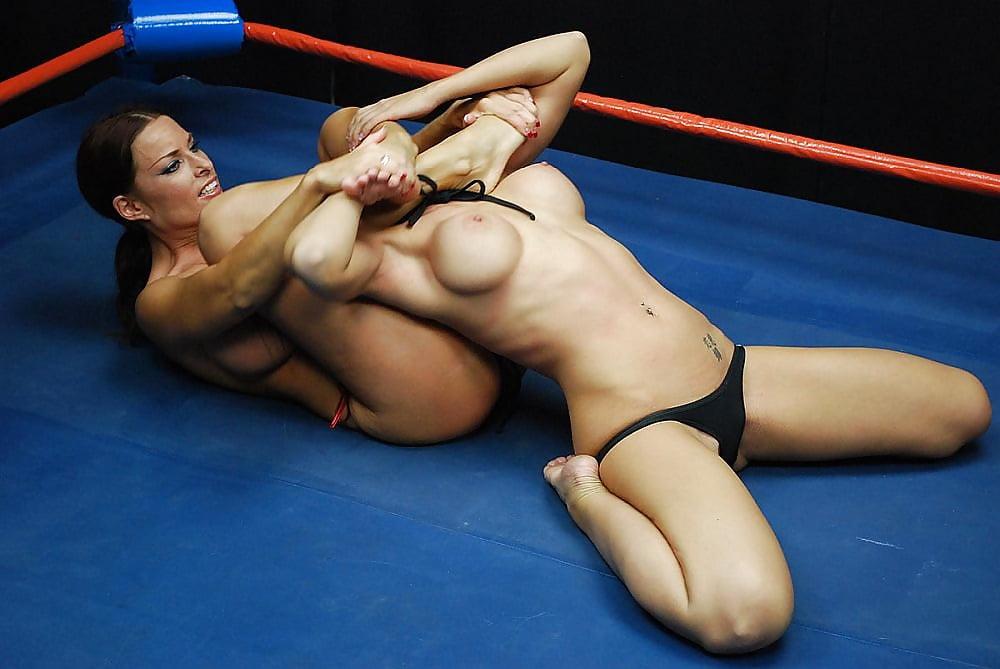 Playboy Joanie Laurer Nude Wrestling Superstar Free Sex Pics