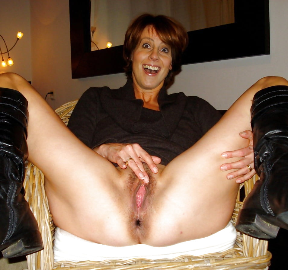 wives-mature-post-fully-naked-pics-of