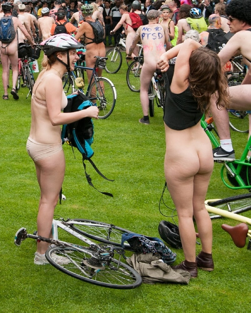 fat-girl-naked-on-a-bike-egyptian-goddesses-porn