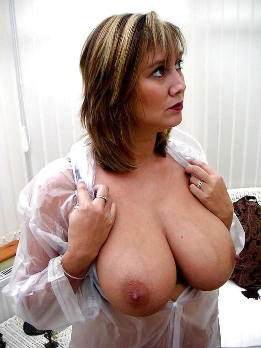 Best huge tits sites-6475