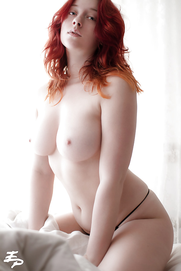Hot pale white pussy