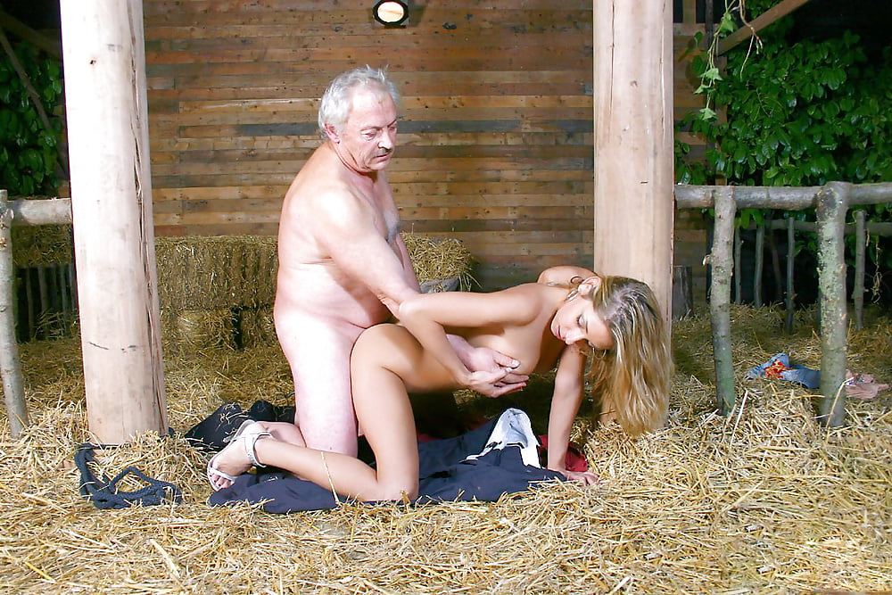 Affecting farmer girl gets fucked