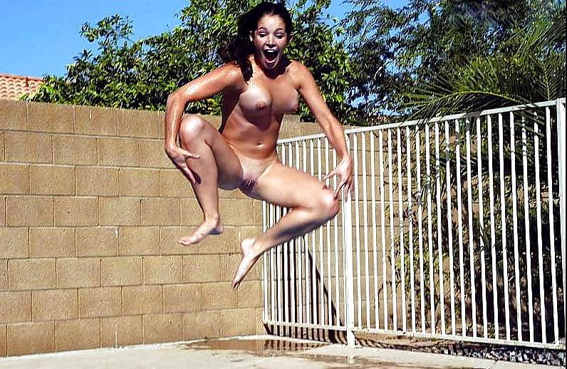 Прыжки в бассейн порно видео 15