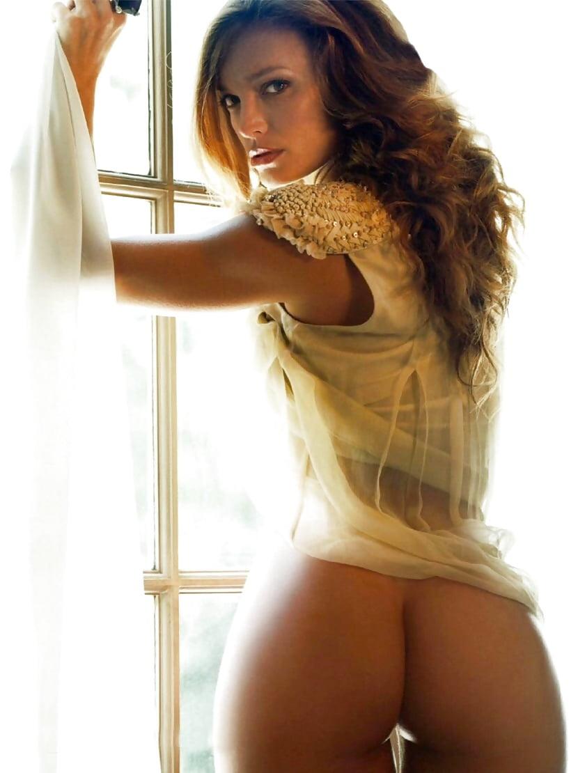 Hot erotic busty babe