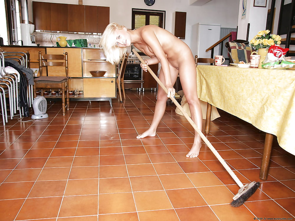 Naked Girls Cleaning