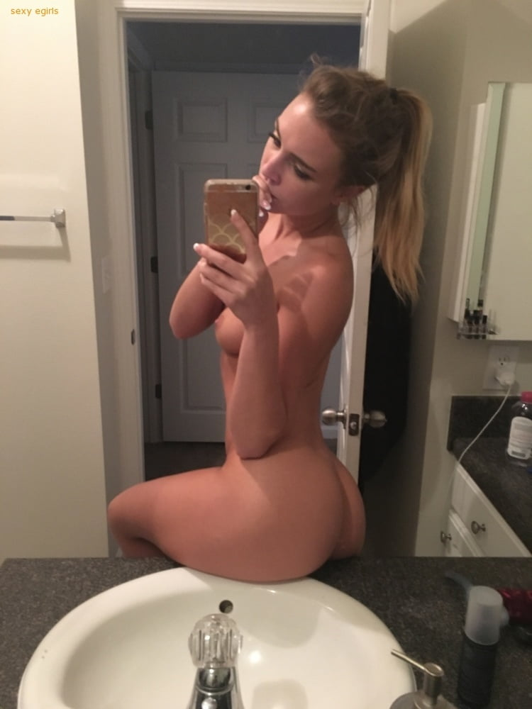 Zoey Taylor Nude Leaked Videos and Naked Pics! 112