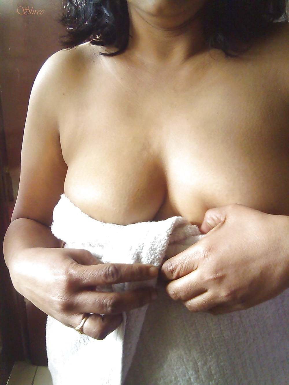 indian girl taking sunbath nude