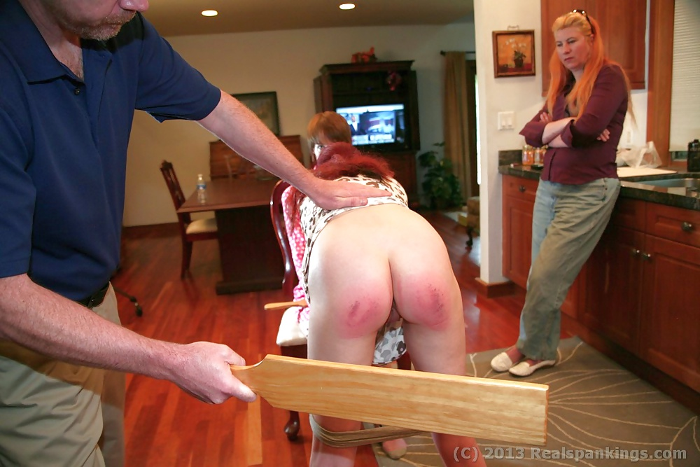 spanked-nude-teen