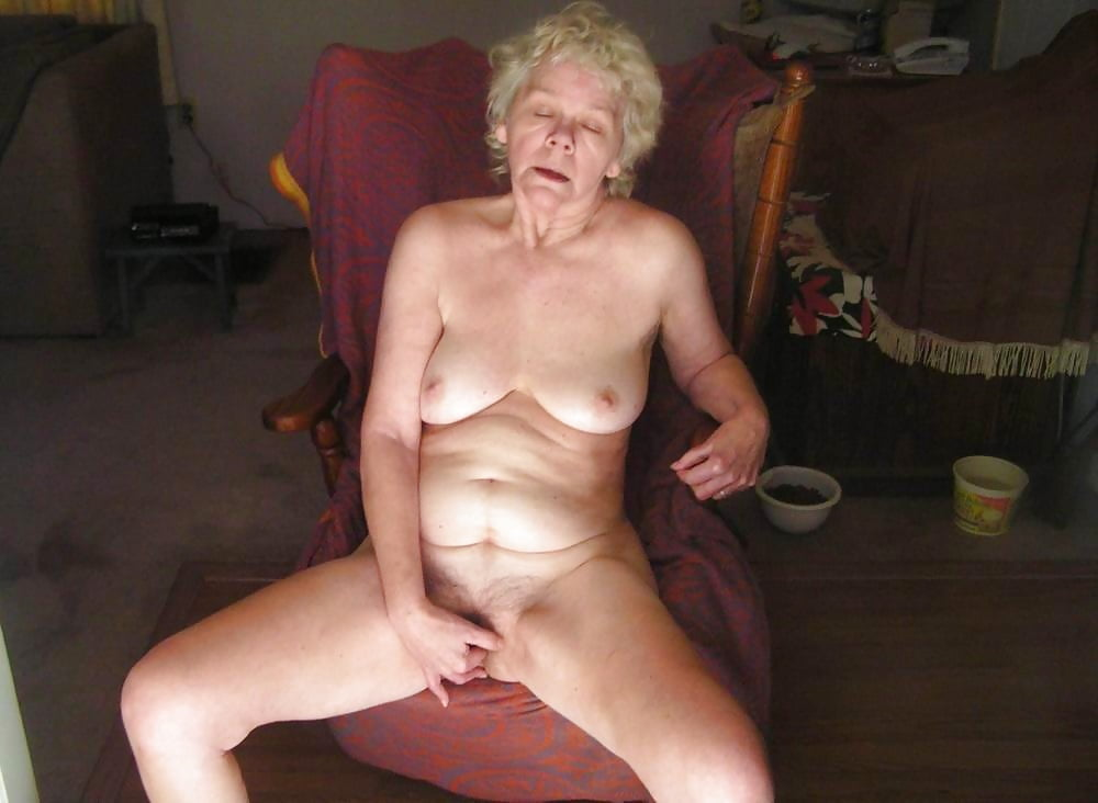 Real amateur granny sex — pic 4