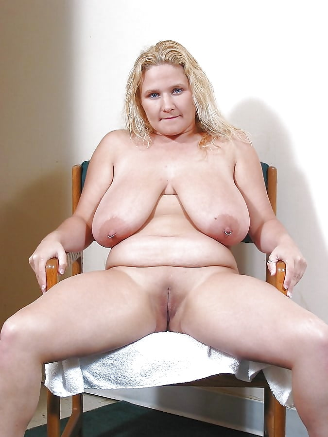 modeling-my-fat-blonde-mom-nude-anal-sex
