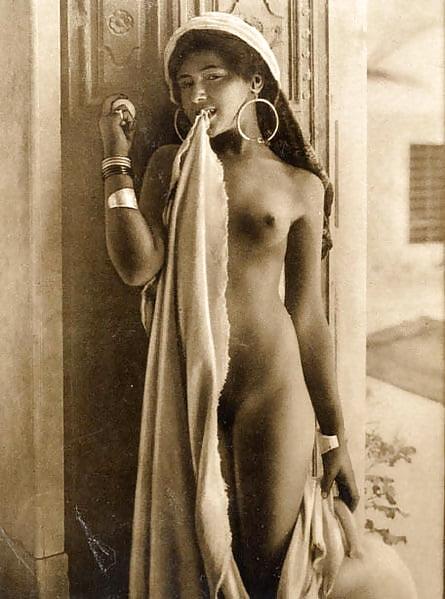 Naked algerian women #6
