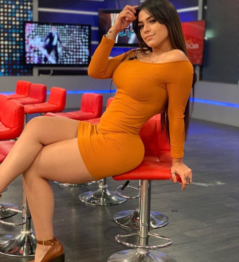Anel Rodriguez - 12 Pics
