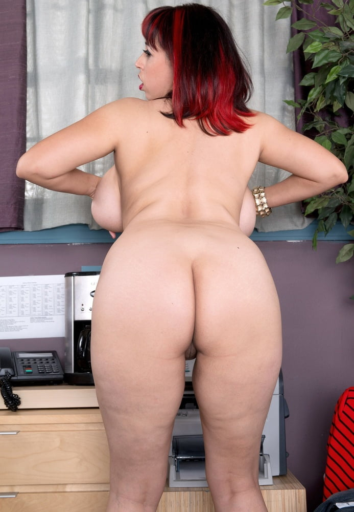 Redhead busty blowjob-3581