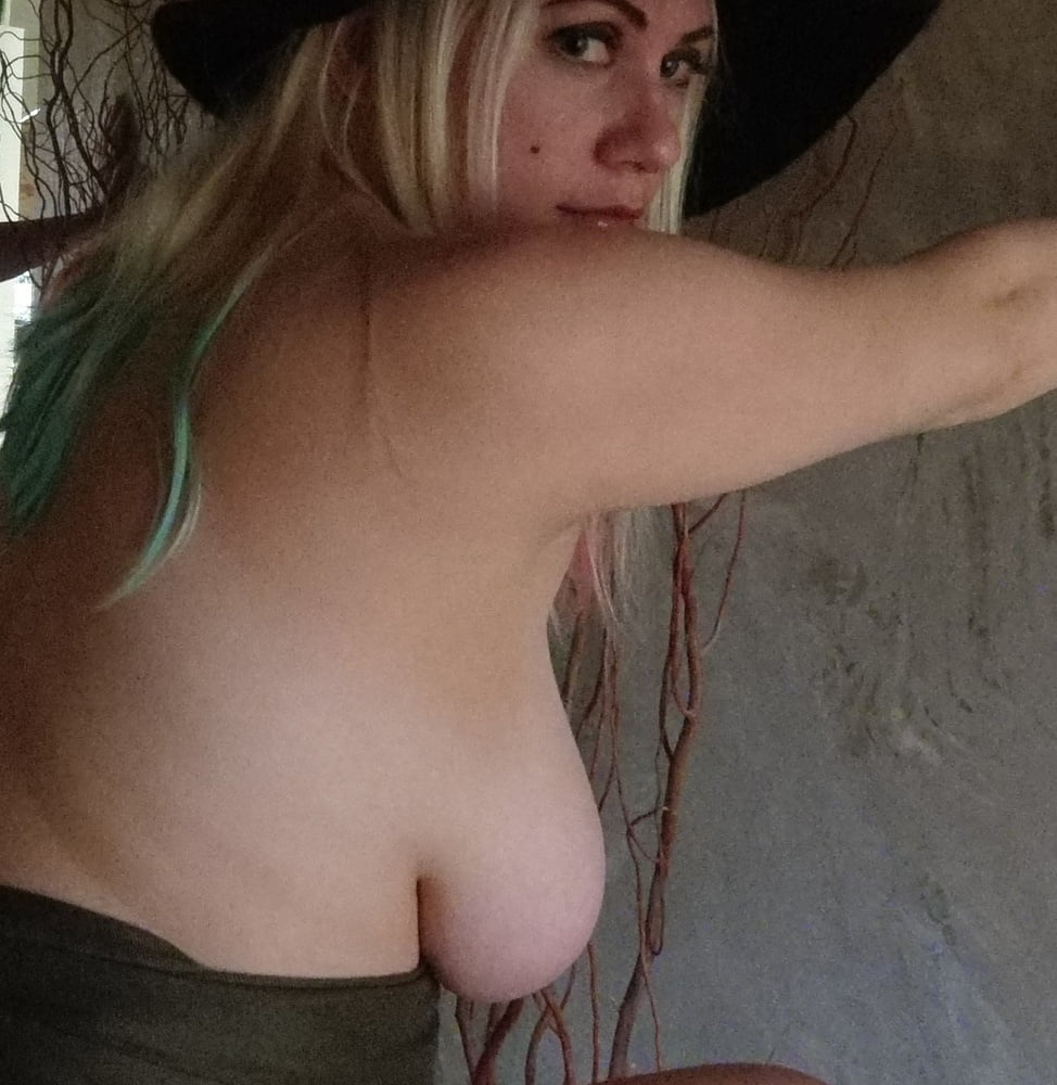 First Time!! Scared!! (non-nude) - 9 Pics