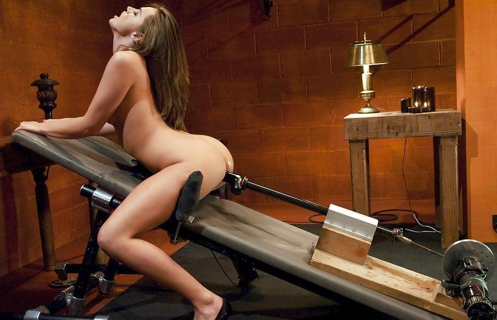Видео ебальный станок для мужчин видео