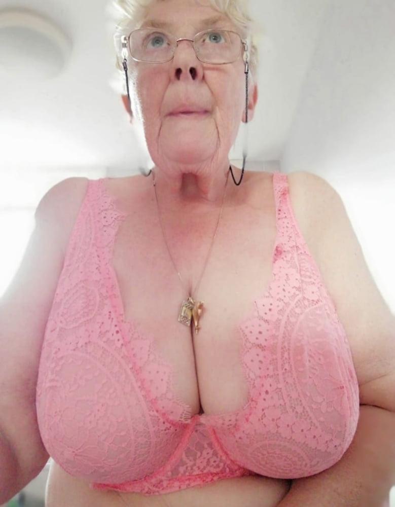 Huge Natural Tits Asian