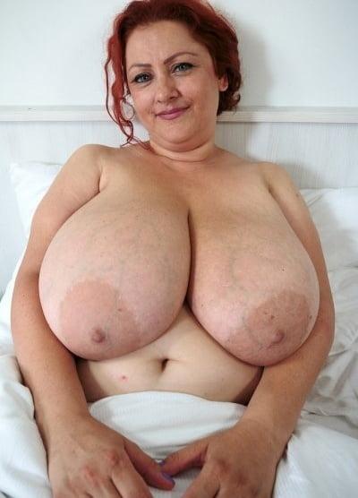 Mature huge tits bbw