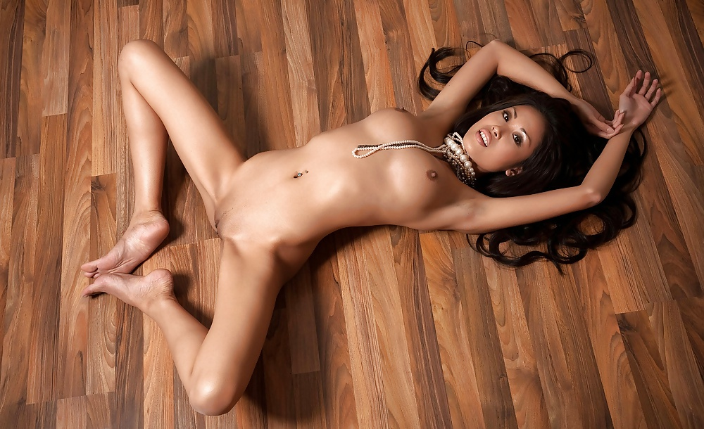 sexy-nude-asia-classic-first-time-with-black-dick