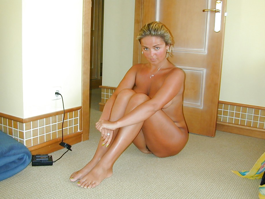 Polish milfs naked, facial aesthetician
