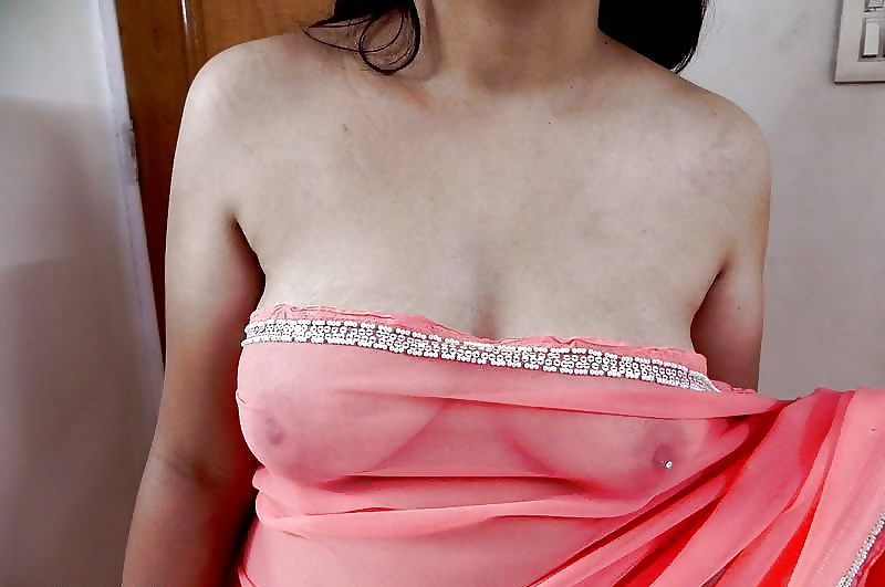 Indian cute aunty naked